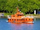 TUG + Pilot :: Lotse Bulk Kiel